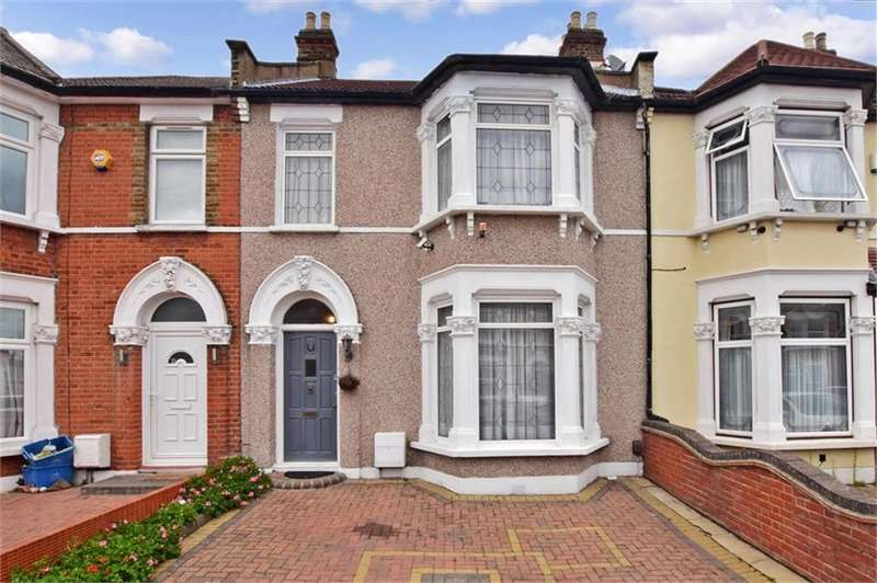3 Bedrooms Terraced House for sale in Kinfauns Road IG3
