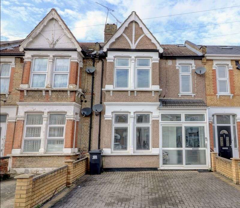 4 Bedrooms Property for sale in Wellesley Road, Ilford