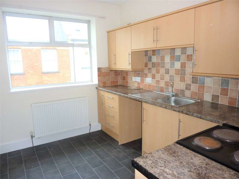 2 Bedrooms Apartment Flat for rent in Pegasus House, King Street, Honiton, Devon, EX14