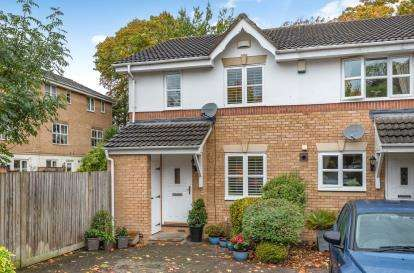 3 Bedrooms End Of Terrace House for sale in Helegan Close, Orpington