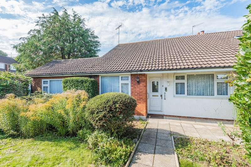3 Bedrooms Semi Detached Bungalow for sale in Monmouth Road, Harlington, LU5