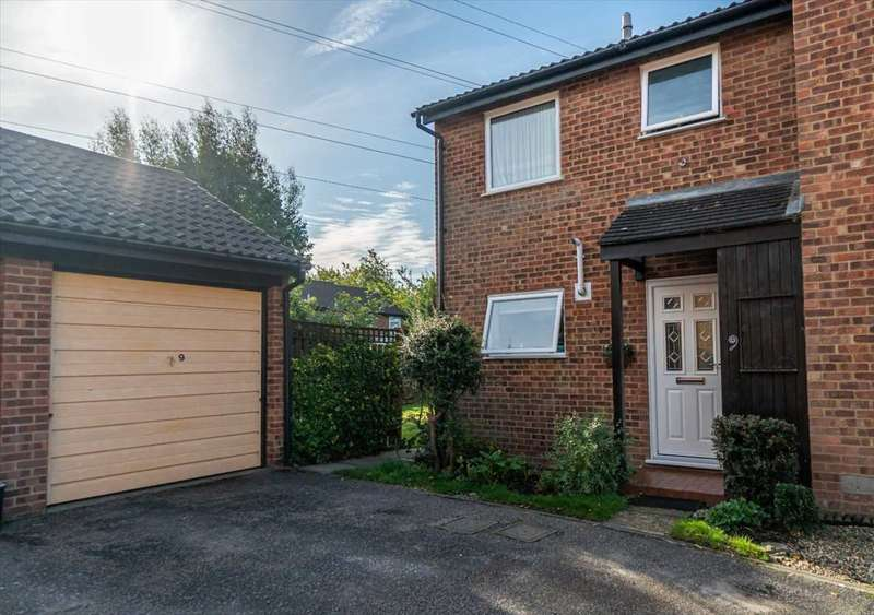 3 Bedrooms End Of Terrace House for sale in Oakenpole, Singleton, Ashford, Kent, TN23 5XW