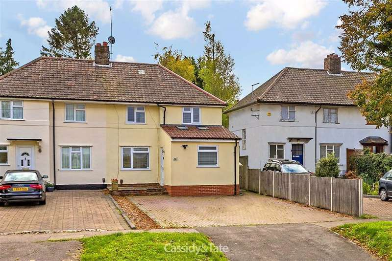 4 Bedrooms Property for sale in Marford Road, Wheathampstead, Hertfordshire - AL4 8NQ