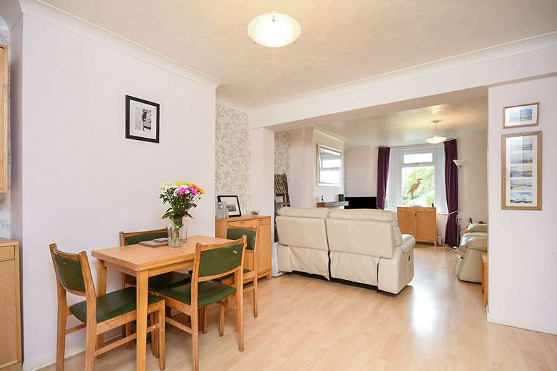4 Bedrooms End Of Terrace House for sale in London Road, Ditton, Aylesford, ME20