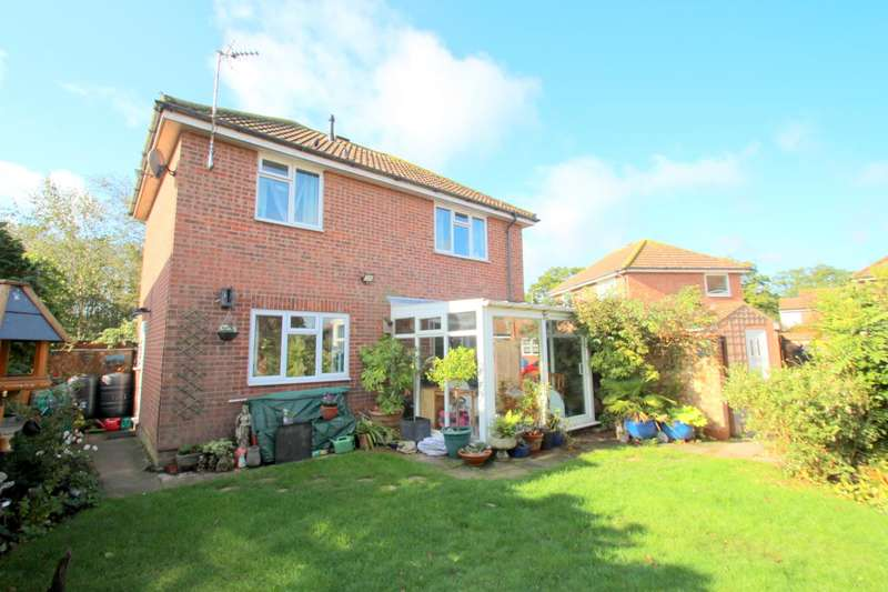 3 Bedrooms Detached House for sale in Berechurch Hall Road, Colchester