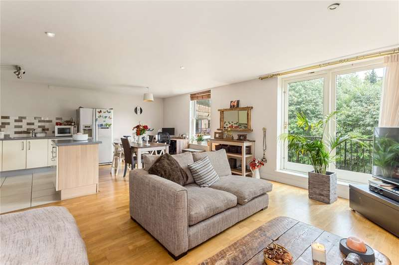 2 Bedrooms Flat for sale in Clarendon Place, Clarendon Road, Sevenoaks, Kent, TN13