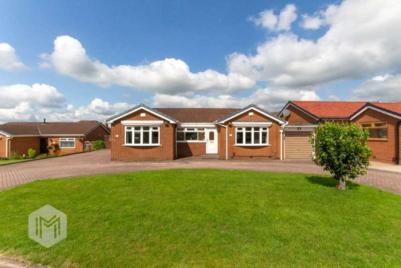3 Bedrooms Detached Bungalow for sale in Hollowell Lane, Horwich, Bolton, Greater Manchester, BL6