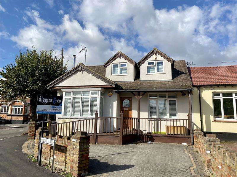 4 Bedrooms Bungalow for sale in Bull Lane, Rayleigh, SS6