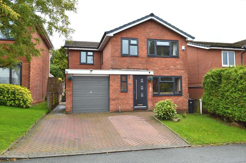 4 Bedrooms Detached House for sale in Amberwood, Chadderton, Oldham, OL9 9SG
