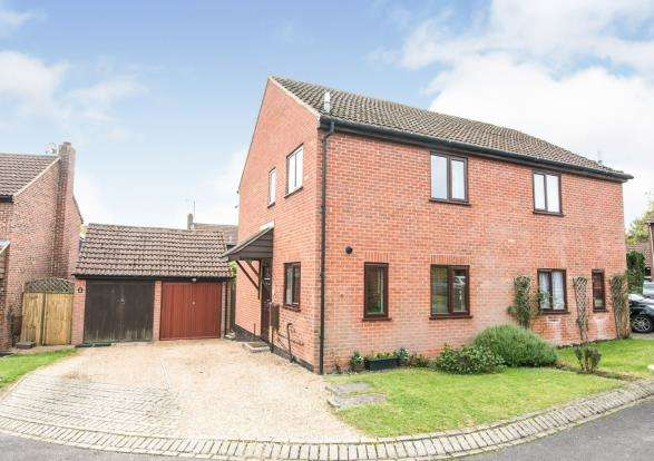 3 Bedrooms Semi Detached House for sale in Lychpit, Basingstoke, Hampshire
