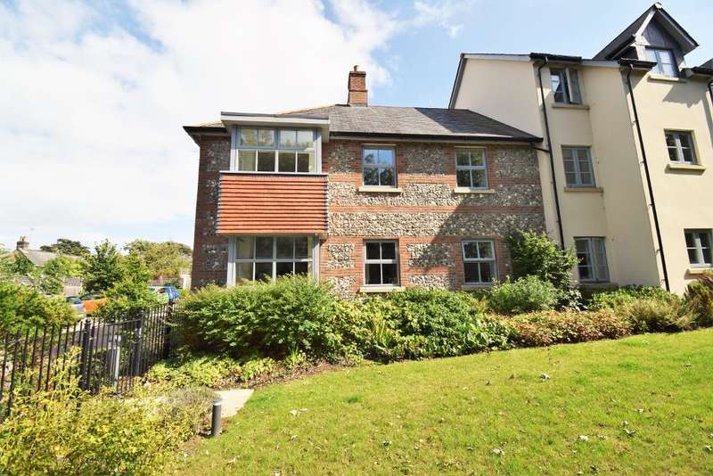 2 Bedrooms Retirement Property for sale in Church Road, Bembridge, Isle of Wight, PO35 5AA