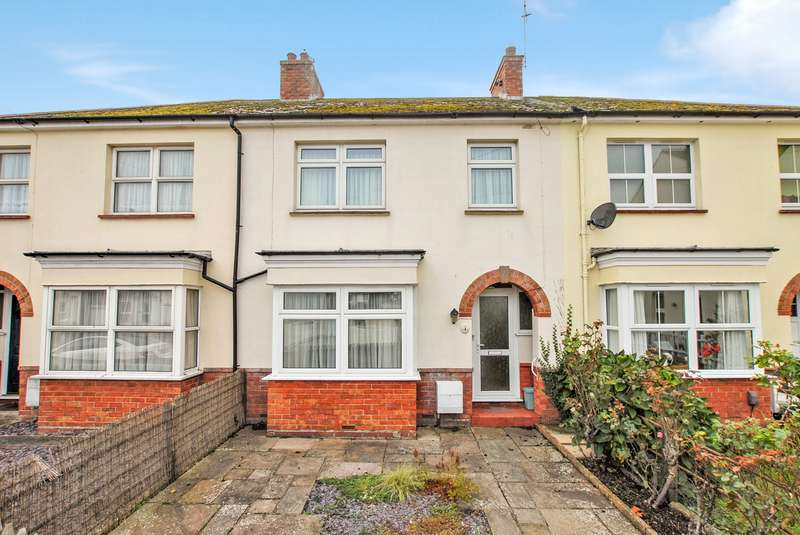 3 Bedrooms Terraced House for sale in Theresa Road, Hythe, CT21