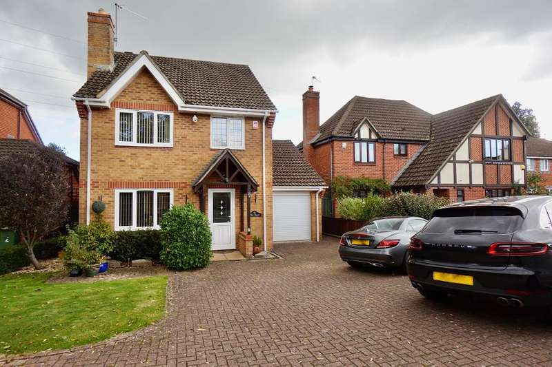 4 Bedrooms Detached House for sale in Stephenson Way, Hedge End, Southampton, SO30 2WS