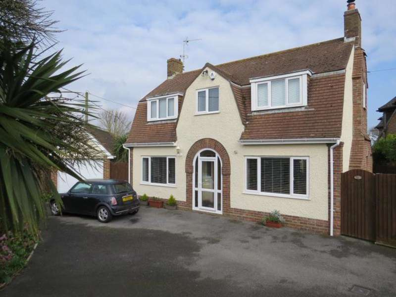 3 Bedrooms Detached House for sale in Character House