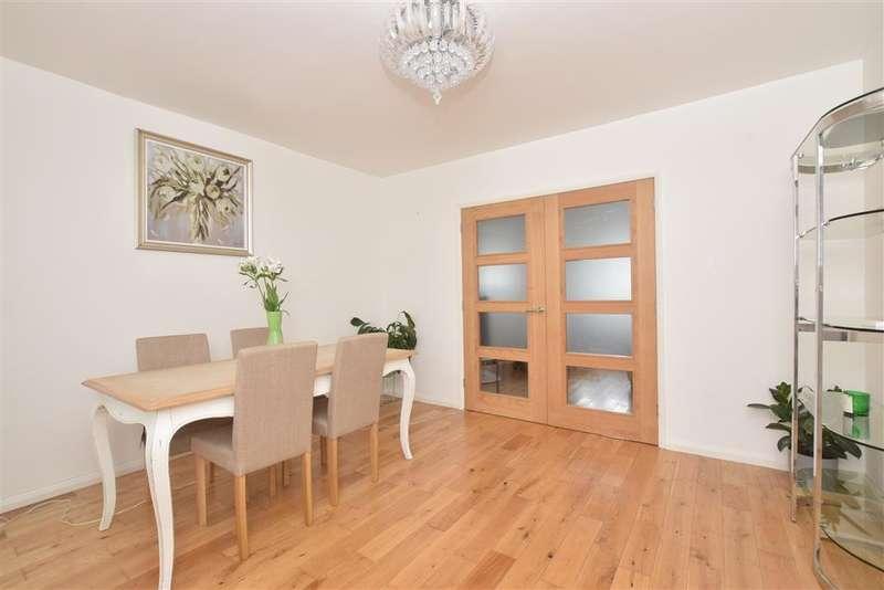 3 Bedrooms Detached House for sale in Havant Road, , Farlington, Portsmouth, Hampshire