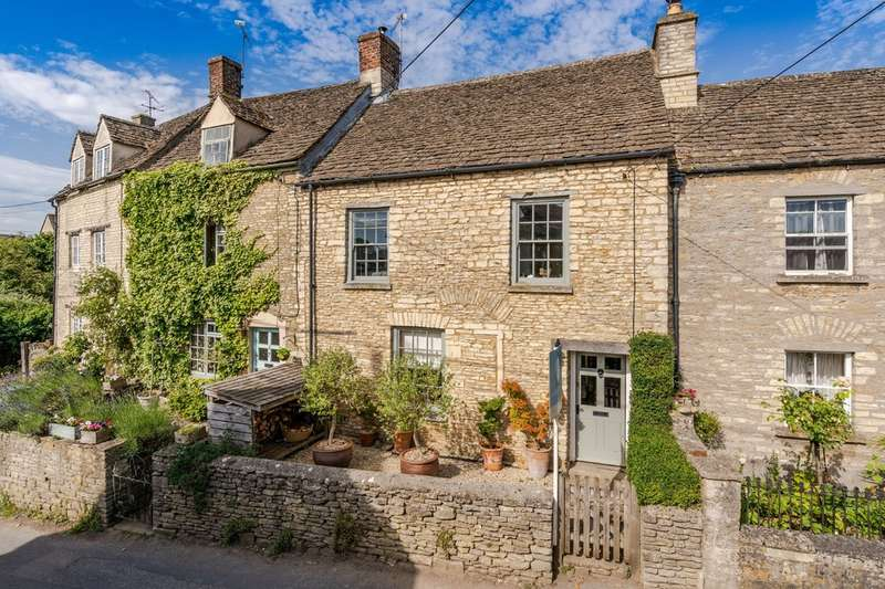3 Bedrooms Terraced House for sale in Noble Street, Sherston