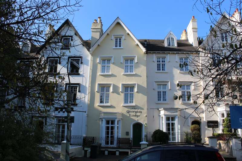 11 Bedrooms Terraced House for sale in Bystock Terrace, Exeter