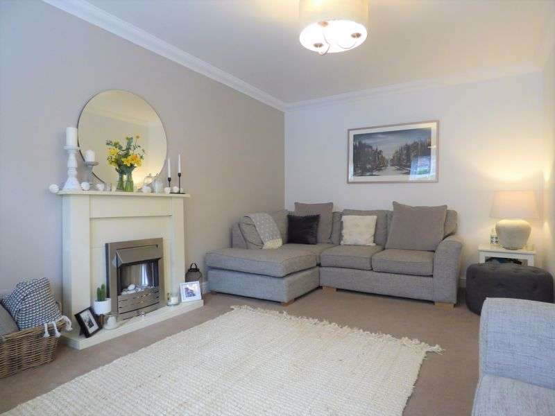 3 Bedrooms Property for sale in Kershaw Drive, Lancaster