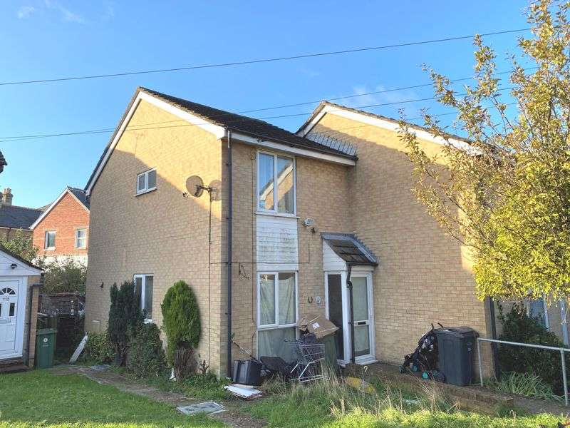 2 Bedrooms Property for sale in East Cowes, PO32 6RZ