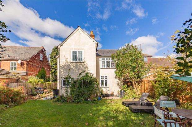 6 Bedrooms Detached House for sale in Gordon Avenue, Camberley, Surrey