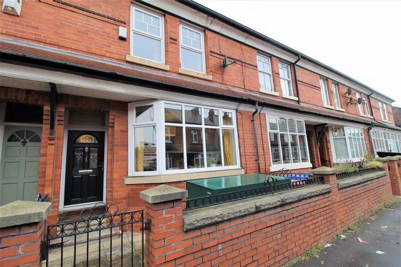 3 Bedrooms Terraced House for sale in Cromwell Grove, Manchester