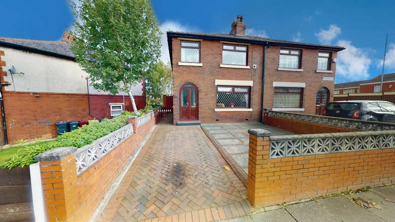 3 Bedrooms Semi Detached House for sale in Bradford Road, Farnworth, Bolton, BL4 0HB