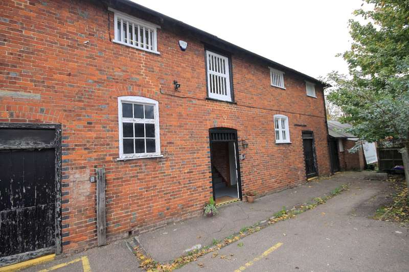 Office Commercial for rent in Crescent Road, Faversham