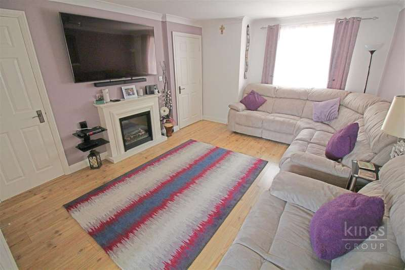 4 Bedrooms House for sale in Malkin Drive, Church Langley