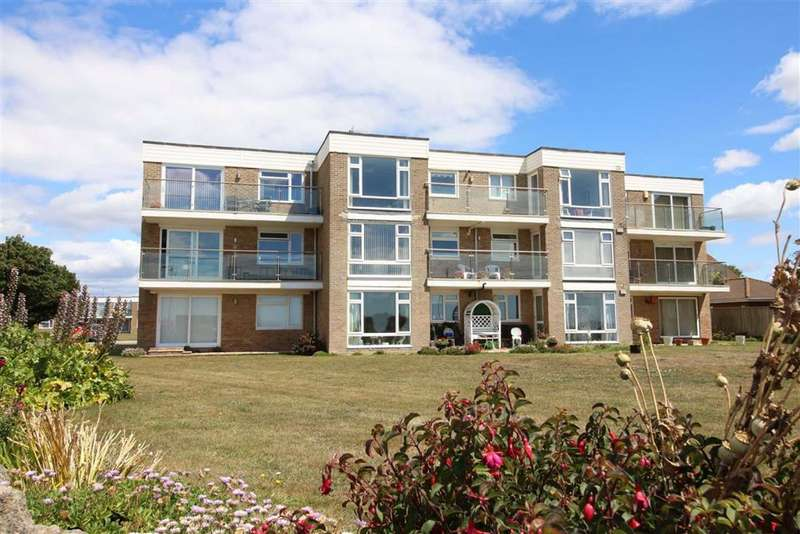 2 Bedrooms Flat for sale in Barton on Sea, Hampshire