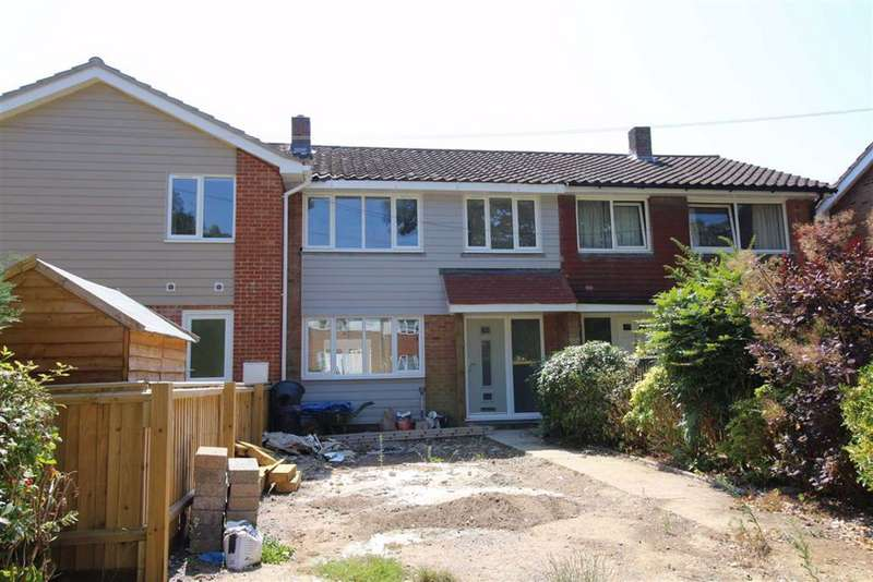 3 Bedrooms House for sale in Hordle, Hampshire