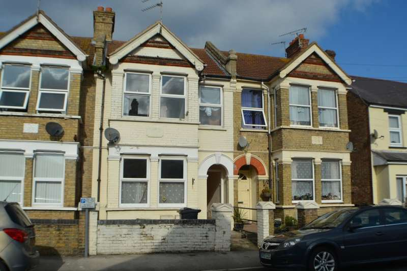 1 Bedroom Flat for sale in 8 Herbert Road, Clacton-On-Sea, Essex