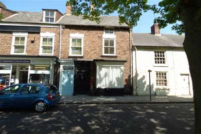 3 Bedrooms Terraced House for rent in NORTON, High Street