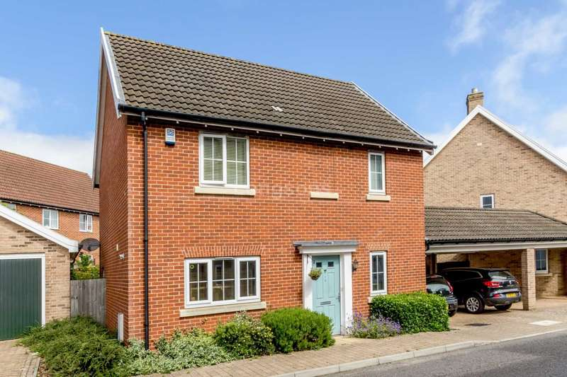 3 Bedrooms Detached House for sale in Admiral Wilson Way, Swaffham