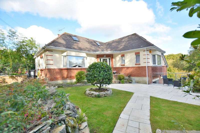3 Bedrooms Detached House for sale in Headswell Avenue, Redhill, Bournemouth, BH10 6JU