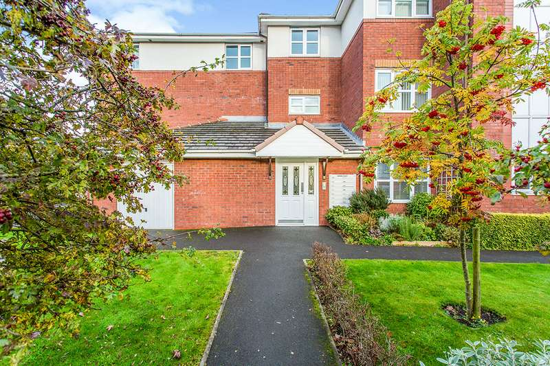 2 Bedrooms Apartment Flat for sale in Brook Court, Dorman Close, Ashton-on-Ribble, Preston, PR2