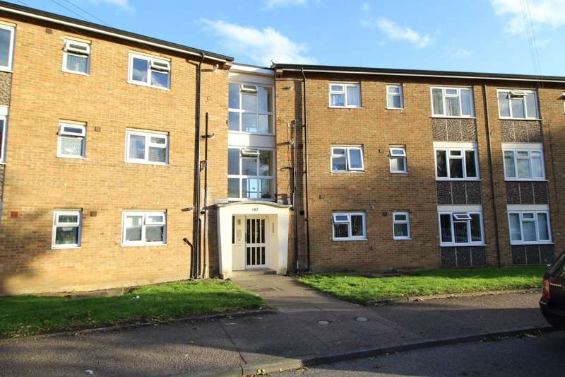 2 Bedrooms Apartment Flat for sale in Queens Drive, Bedford, Bedfordshire, MK41