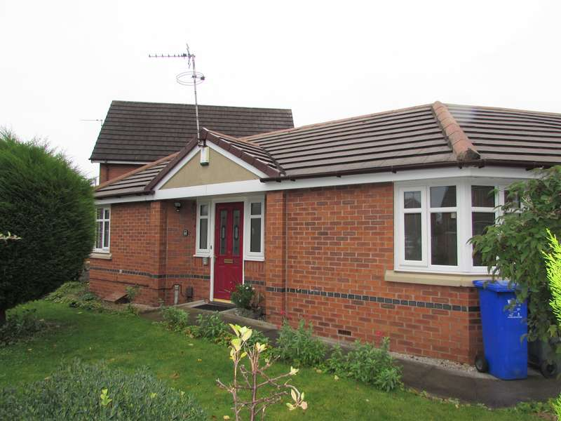 1 Bedroom Terraced Bungalow for sale in Ullswater Road, Woodhouse Park, Manchester, M22