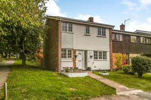 End Of Terrace House for sale in Paddock Close, South Darenth, Dartford, Kent