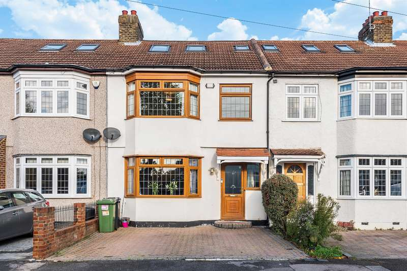 4 Bedrooms Terraced House for sale in Bush Elms Road, Hornchurch, RM11 1LU