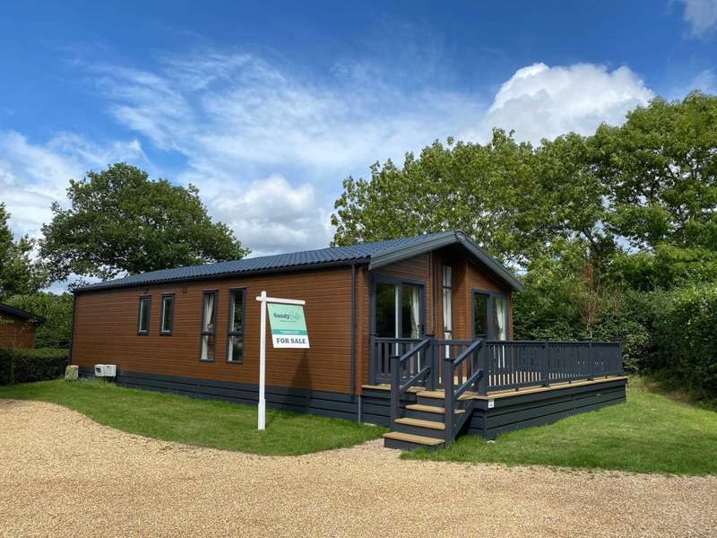2 Bedrooms Park Home Mobile Home for sale in SP6 GODSHILL, Fordingbridge