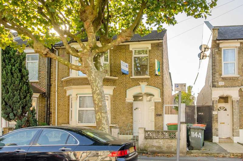 2 Bedrooms Flat for rent in Neville Road, Forest Gate, E7