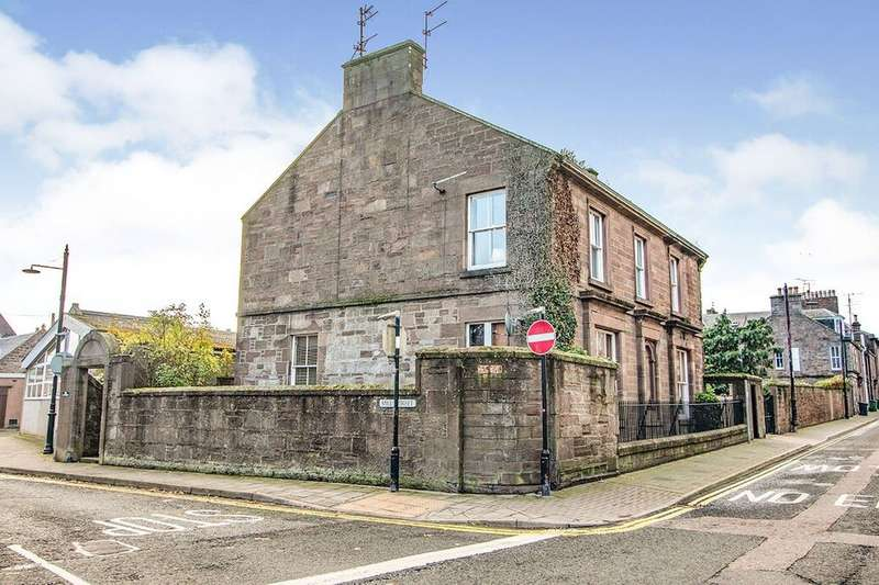 3 Bedrooms Apartment Flat for sale in Mill Street, Montrose, Angus, DD10