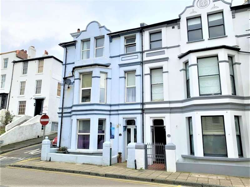 1 Bedroom Apartment Flat for sale in Sandgate High St, Folkestone, Kent, CT20 3BY