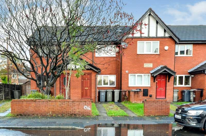 2 Bedrooms Terraced House for sale in Brook Road, Manchester, Greater Manchester, M14