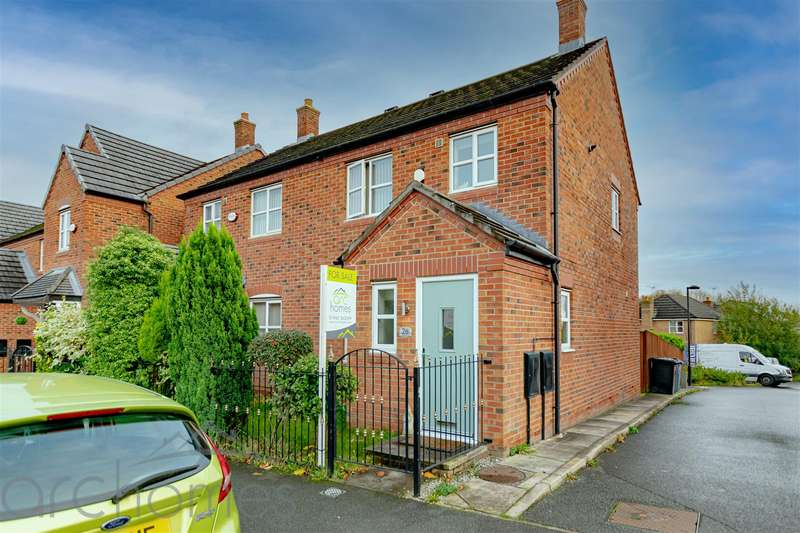 3 Bedrooms Semi Detached House for sale in Gadfield Grove, Atherton, Manchester