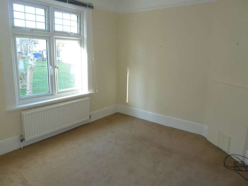 4 Bedrooms Semi Detached House for rent in Church Street , Bishops Stortford, Herts