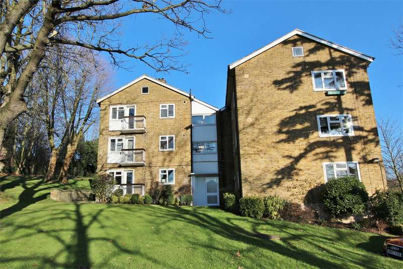 2 Bedrooms Apartment Flat for rent in St Georges Lodge, Muswell Hill, N10