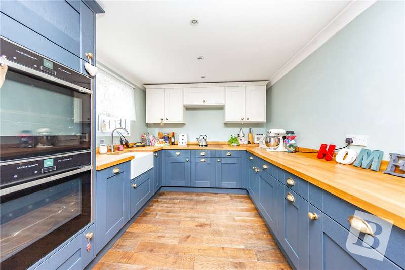 4 Bedrooms Terraced House for sale in Great Gregorie, Lee Chapel South, Essex, SS16