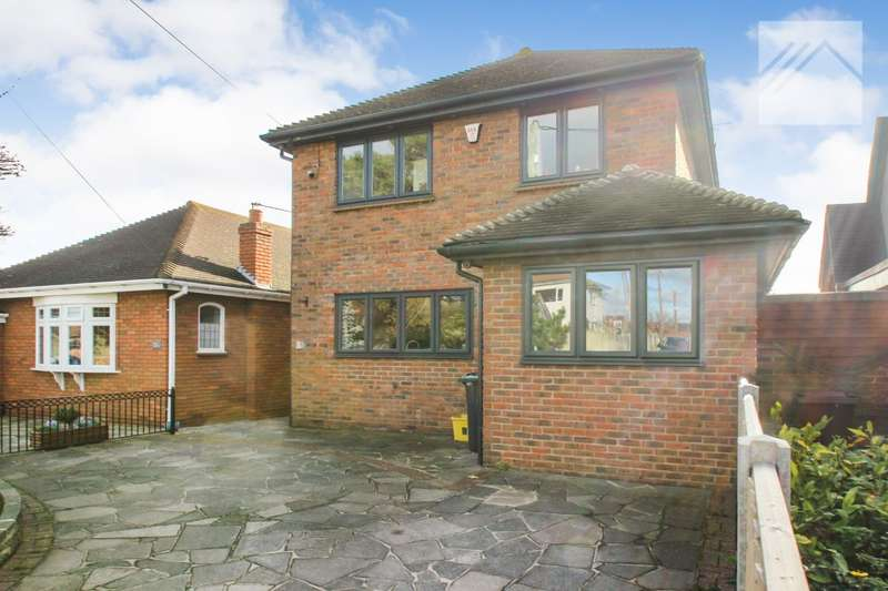 3 Bedrooms Detached House for sale in Cleveland Road, Canvey Island