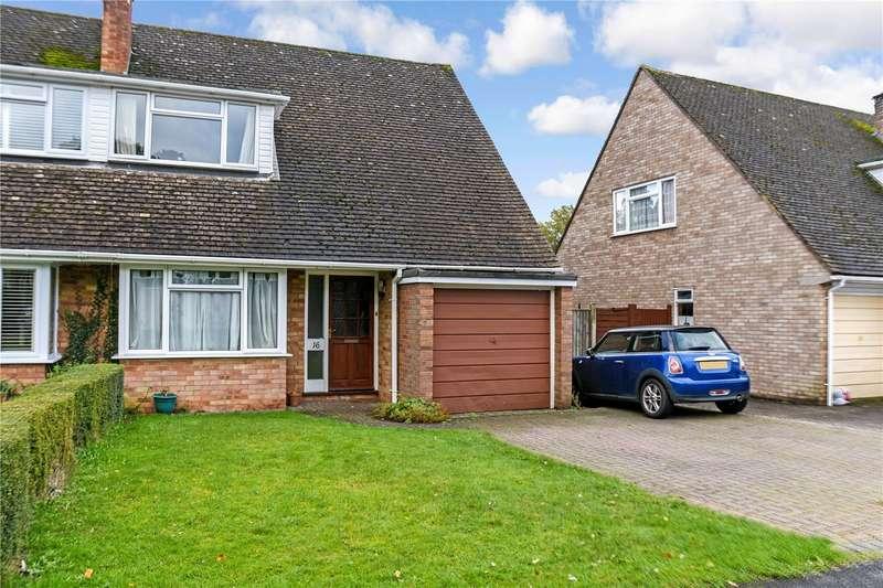 3 Bedrooms Semi Detached House for rent in Wellington Crescent, Baughurst, Tadley, Hampshire, RG26